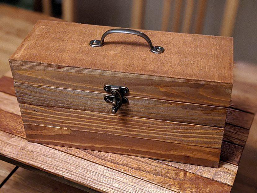 100均商品で木製小物入れをDIY